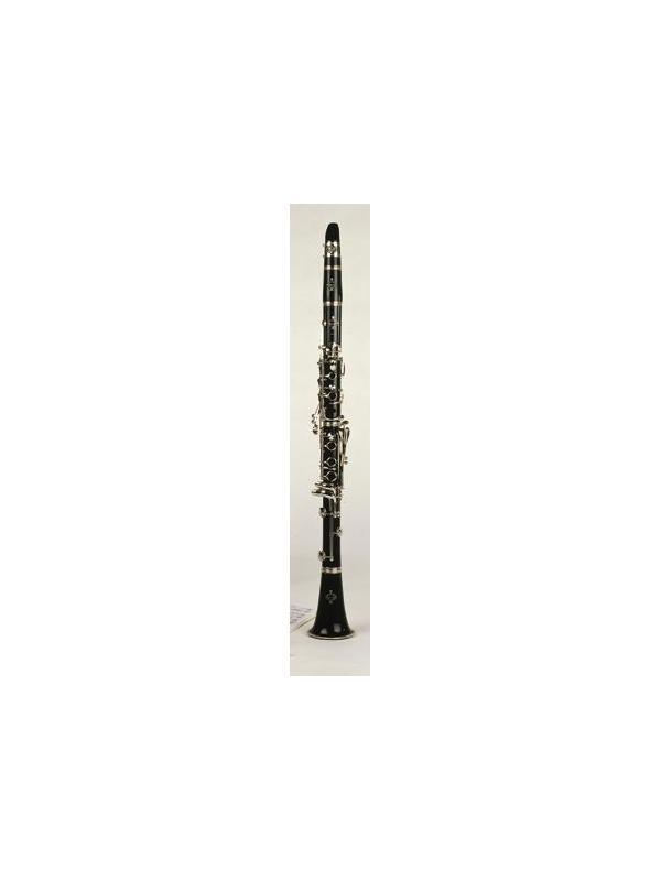 CLARINETE ESTUDIO SI/BEMOL B12 - Fácil de tocar, la precisión perfecta, que satisfaga todas las necesidades del joven clarinetista. El B12 es un clarinete de resina ABS. Este material sintético tiene excelentes vibraciones próximas a las de la madera. Son ligeros, resistentes a las manipulaciones y de fácil mantenimiento. Con su apoyo para el pulgar ajustable y anilla para el cordón, ofrecen todavía una mayor comodidad al tocar.