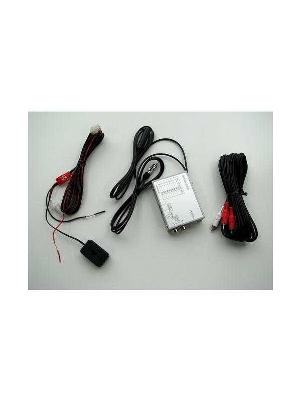 MODULADOR FM UNIVERSAL PIONEER CD-V61FM  - Este modulador FM es ideal para conectar un fuente de vídeo (XDV-P9R-II ó SDV-P7)a cualquier receptor FM estéreo, incluidas las unidades OEM. De manera alternativa, conecte el modulador a la salida AV del AVR-W6100 para escuchar el sonido por los altavoces del sistema. El CD-V61FM también cuenta con un sistema de circuito de cancelación e incluye una banda extensa de audio para ofrecer una excelente calidad de sonido*.