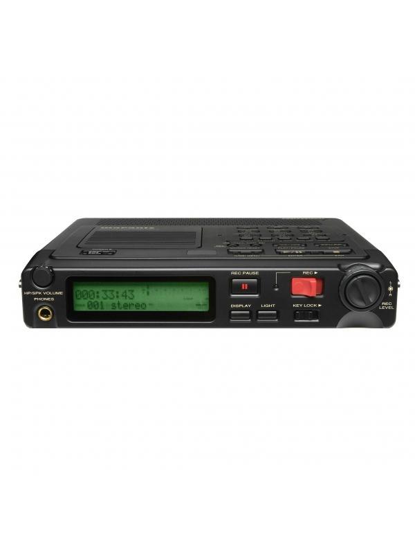 GRABADOR DIGITAL PORTÁTIL.MARANTZ PMD-670 - MARANTZ PMD-670. Equipo portátil que permite la grabación y reproducción de audio directamente en tarjetas de memoria compact fl ash (CF).