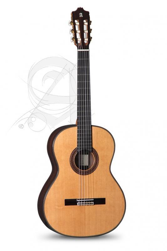 GUITARRA CLASICA ALHAMBRA CONSERVATORIO 7 P A ABETO CON  FUNDA 9738