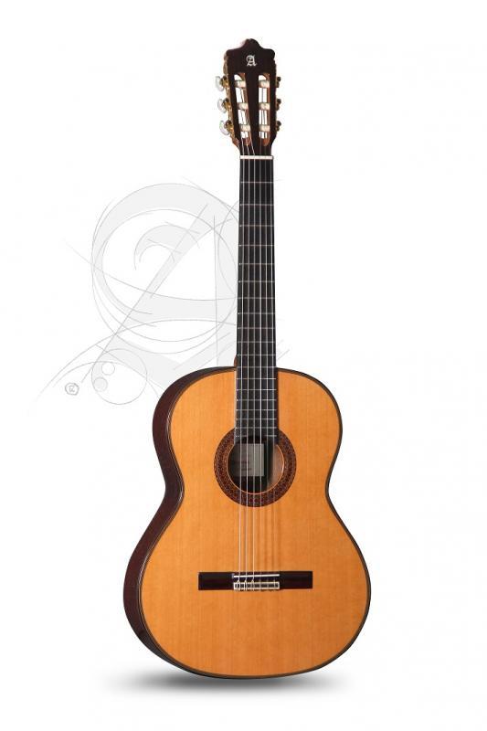 GUITARRA CLASICA ALHAMBRA CONSERVATORIO 7 C CLASSIC CON CUERPO DE SAPELLI MACIZO Y FUNDA 9738