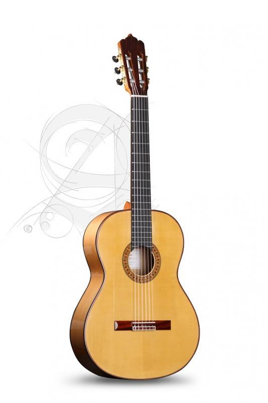 GUITARRA FLAMENCA ALHAMBRA PROFESIONAL M & M FLAMENCO CIPRES CON GOLPEADOR Y ESTUCHE 9650