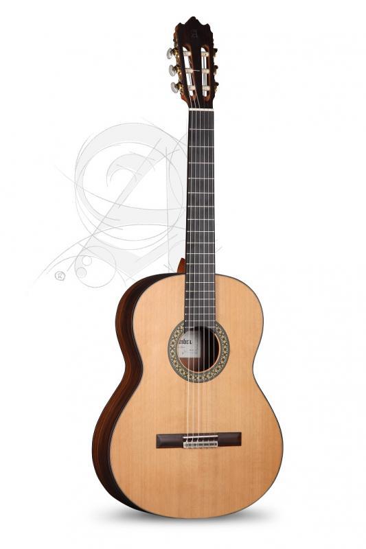 GUITARRA CLASICA ALHAMBRA CONSERVATORIO 4 P CON FUNDA 9738