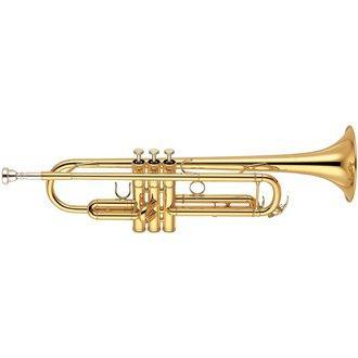 TROMPETA YAMAHA YTR-6335II DORADA - El YTR-6335 cuenta con un diámetro medio-grande y una campana de latón amarillo para un gran sonido con una proyección clara. Tiene el tipo de flexibilidad necesaria para tocar en un quinteto o en el estudio, pero tiene suficiente potencia tonal para el trabajo orquestal.